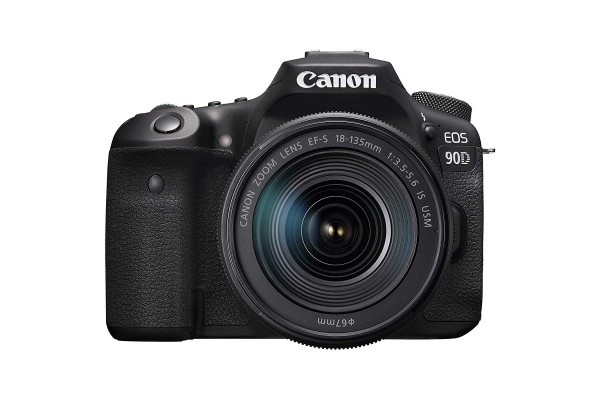 Canon EOS 90D - 18-135mm IS USM